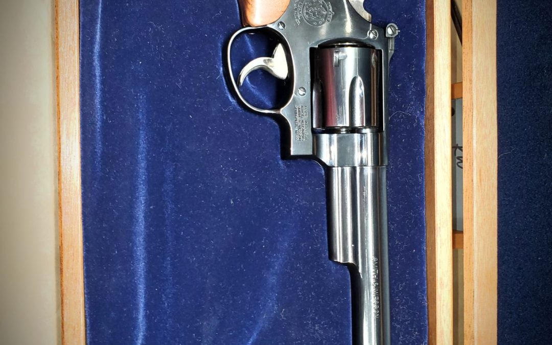 Smith & Wesson Model 29, .44 Magnum -THE Dirty Harry Gun $ 1100.-